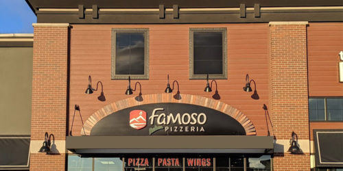 Famoso Italian Pizzeria + Bar has opened its 31st location in Cochrane, Alta.