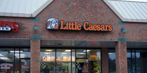 In a partnership with DoorDash Drive, Little Caesars now offers a home delivery service.
