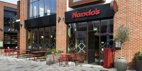 Nando's Canada has launched the company's largest community service program, which includes providing free take-out or delivery meals to nurses, doctors, and healthcare workers.