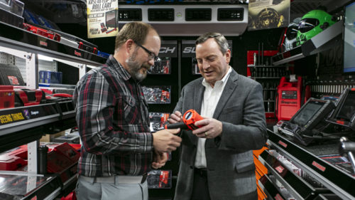 Snap-on Tools director of franchise systems, Tom Kasbohm (right), said franchisees have a wide variety of support programs and resources at their fingertips.
